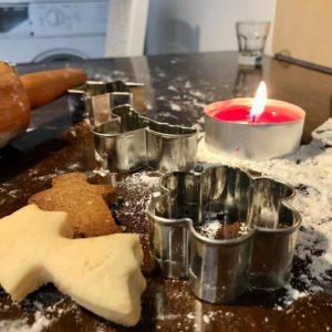 Wir wünschen Euch allen einen schönen 2. Advent. ?? Außerdem war heute der Nikolaus da ? und hat sicherlich kleine Geschenke vorbei gebracht. Nur noch 6 Tage bis zur Premiere ?